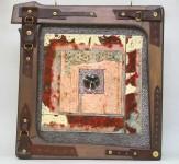 Т.В.Макарова. Неразглядимый колодезь. 2006. Горячая эмаль, дерево. 47х44.