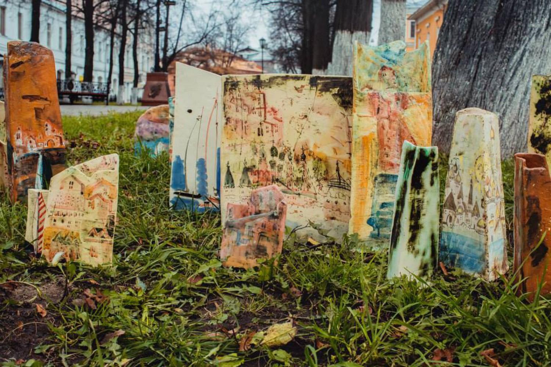 Н.Н.Мухина. Чудесный город.Серия работ. Шамот, фаянс, ангобы, соли, глазури. 2005–2014 гг.