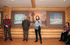 «Мгновения счастья» - в галерее села Вятского открылась выставка Александра Александрова