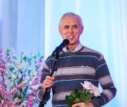 Открылась персональная выставка Александра Александрова «Опять на улице весна»