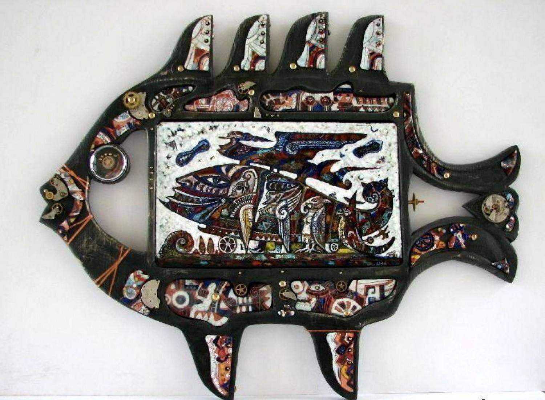 М.П.Бекетов. Рыба. Медь, эмаль, дерево. 2009