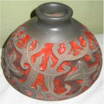 Е.В.Смирнов. Декоративная ваза - Старый орнамент. 2006. h-23, d-22 см. Шликерное литьё, цветные эмали
